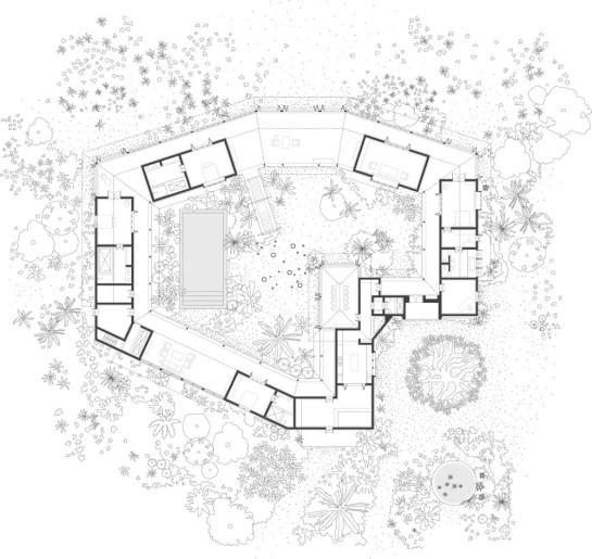 1275398539-floor-plan-1000x945