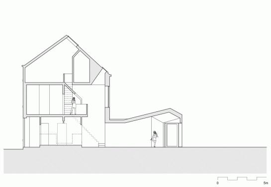517646dbb3fc4b2014000192_house-tijl-indra-atelier-vens-vanbelle_section1-1000x691