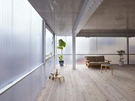 52ae20dde8e44e0f37000127_house-in-tousuien-suppose-design-office_lumewall126160505-1000x750