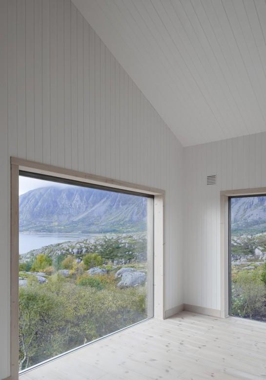 533b7d26c07a807cd5000073_vega-cottage-kolman-boye-architects_vea_ael_076-700x1000