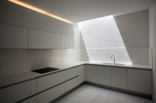 50aaf1a4b3fc4b0b540000c2_house-on-the-cliff-fran-silvestre-arquitectos_fran_silvestre_arquitectos_valencia_-_house_on_the_cliff_-__img_arquitectura_-_2-1000x666