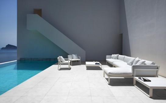 50aaf1b7b3fc4b0b540000c4_house-on-the-cliff-fran-silvestre-arquitectos_fran_silvestre_arquitectos_valencia_-_house_on_the_cliff_-__img_arquitectura_-_1-1000x621