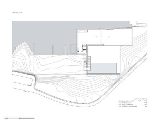 50aaf3b8b3fc4b0b540000e9_house-on-the-cliff-fran-silvestre-arquitectos_plan_-2--1000x785