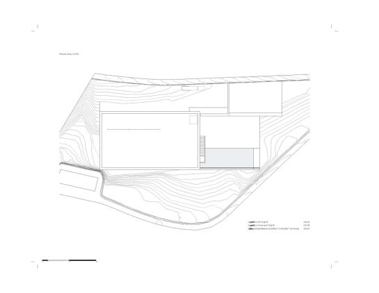 50aaf3bcb3fc4b0b540000ea_house-on-the-cliff-fran-silvestre-arquitectos_plan_-4--1000x776