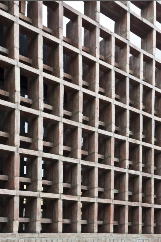 513185dab3fc4b0d98001c11_brick-house-ventura-virzi-arquitectos_1339075620-06-detalle-frente-2-foto-federico-kulekdjian-666x1000