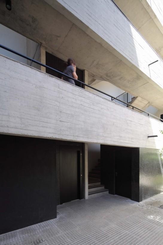 52f02e27e8e44e0b6d000026_dos-patios-rdr-arquitectos_img_2186-666x1000