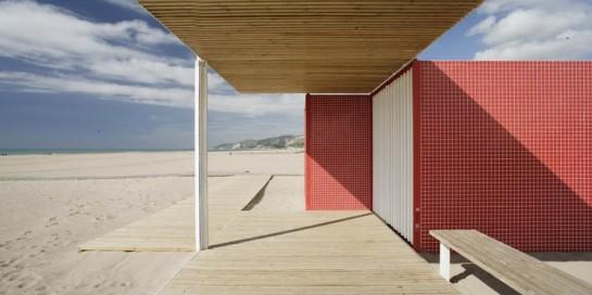 53044513e8e44ec69a000116_beach-modules-m-rius-quintana-creus_adri-_goula_02-1000x500
