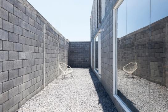 536fb97ec07a806f33000047_casa-caja-s-ar-staci-n-arquitectura-comunidad-vivex_casa_caja_29