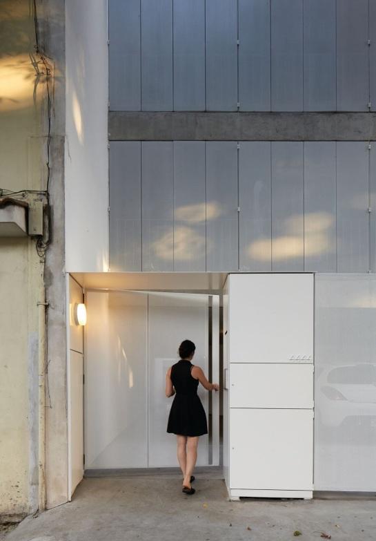 ESTEBAN-TANNENBAUM . Edificio de viviendas Sucre 4444 . Buenos Aires (10)