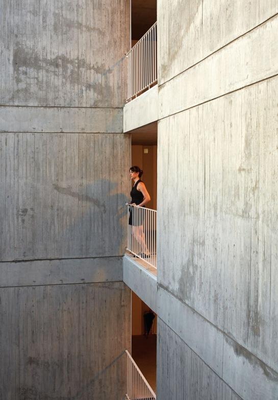 ESTEBAN-TANNENBAUM . Edificio de viviendas Sucre 4444 . Buenos Aires (8)