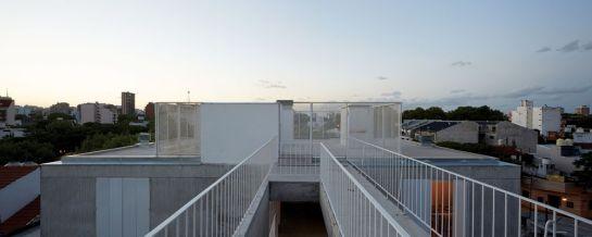 ESTEBAN-TANNENBAUM . Edificio de viviendas Sucre 4444 . Buenos Aires (9)