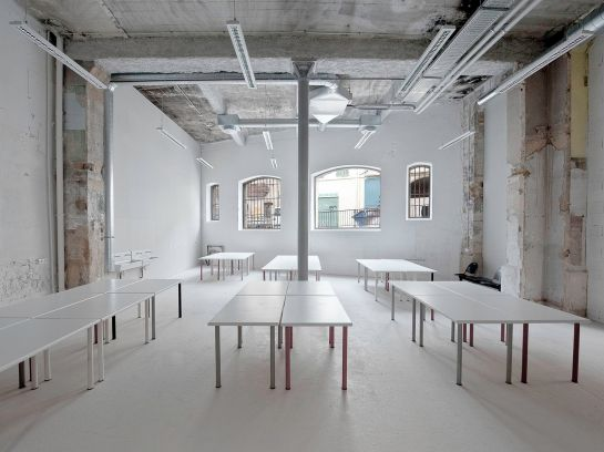 Thomas Raynaud . Transformation of an old warehouse into school . Marseille (6)