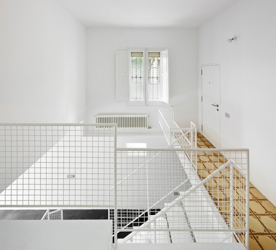511414e5b3fc4b8f96000123_remodeling-a-house-in-nou-barris-arquitectura-g_virrey_amat_061