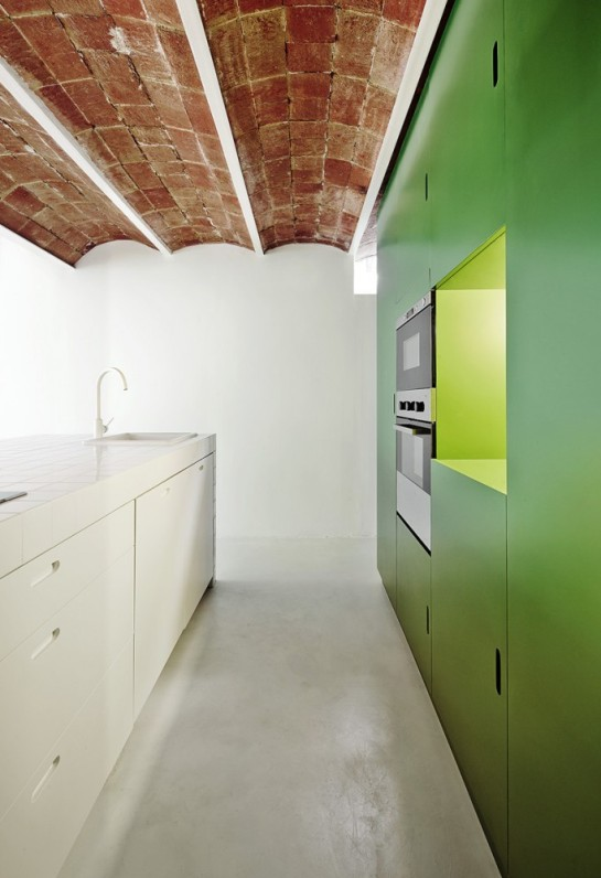 511414fcb3fc4b1a2000012a_remodeling-a-house-in-nou-barris-arquitectura-g_virrey_amat_15-684x1000