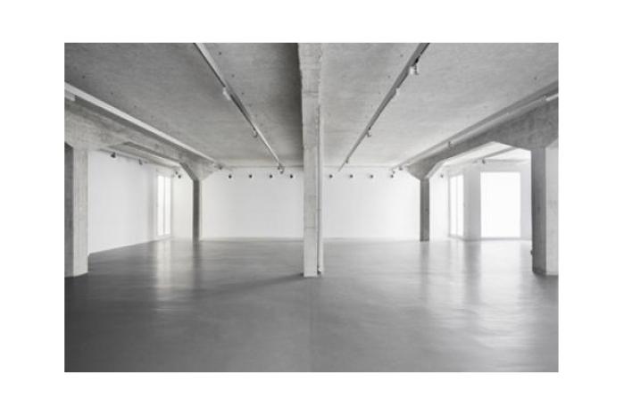 Norman Foster . espacio expositivo para Ivorypress . Madrid (6)