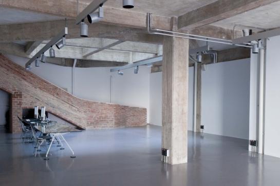 Norman Foster . espacio expositivo para Ivorypress . Madrid (7)